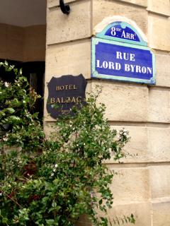 Lord Byron meets Balzac